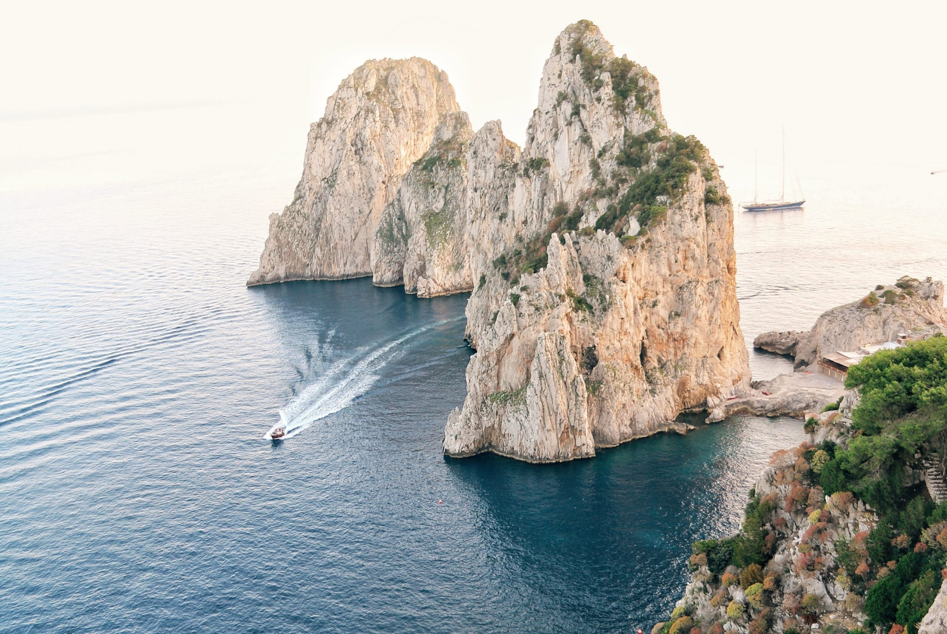 What's so special about Capri Island, Italy that Hollywood stars