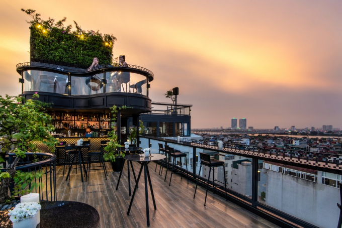 Impressive rooftop bar at the hotel.