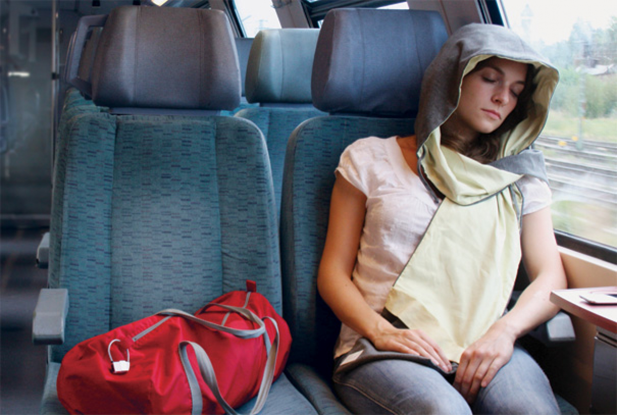 Tips to prevent motion sickness for people who love to move - Photo 1